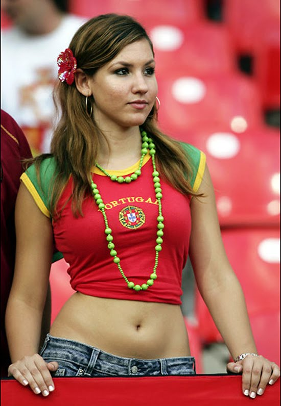 1 Fans We Like to See at World Cup Stadium