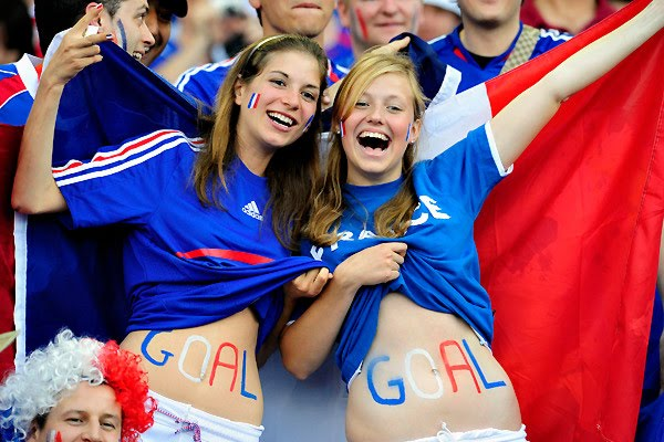 8 Fans We Like to See at World Cup Stadium
