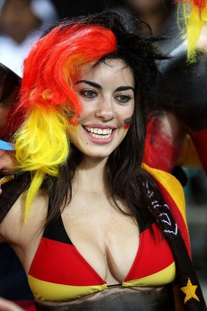 9 Fans We Like to See at World Cup Stadium