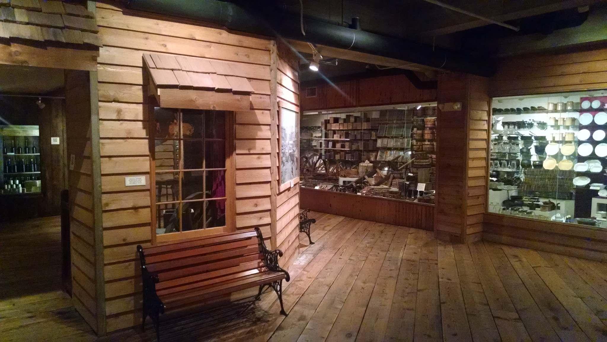 steamboat arabia5 History of Pioneering Midwest   Steamboat Arabia Museum in Kansas City