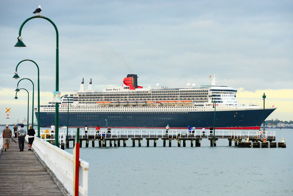 queen mary 2 The Queen Mary 2   An Ocean Liner in Port Melbourne