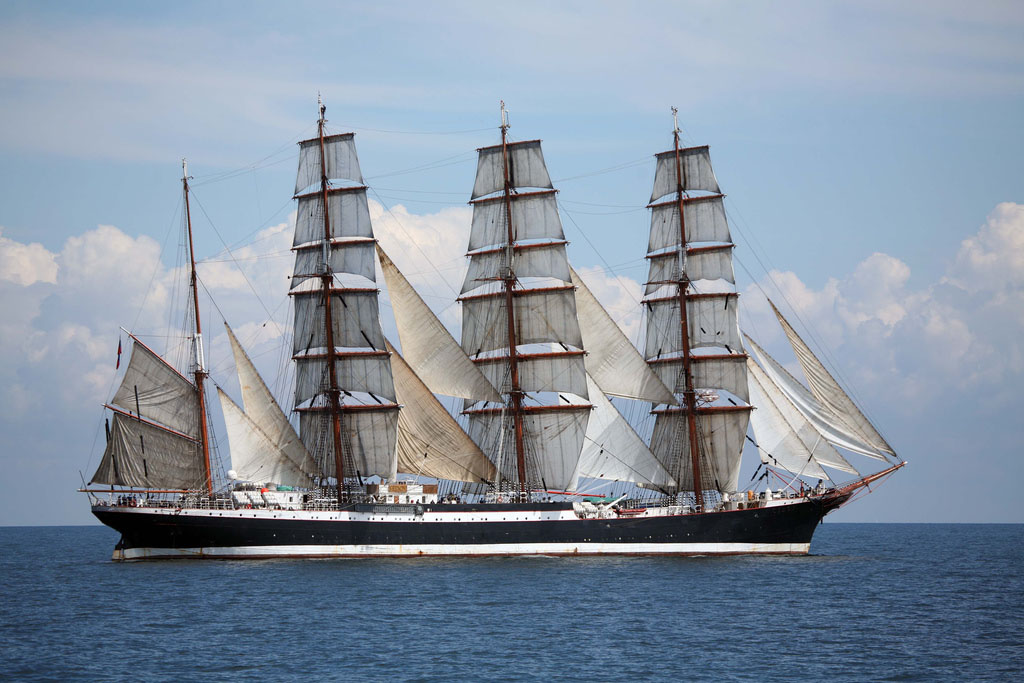 sedov Sedov   The Worlds Biggest Sailing Ship