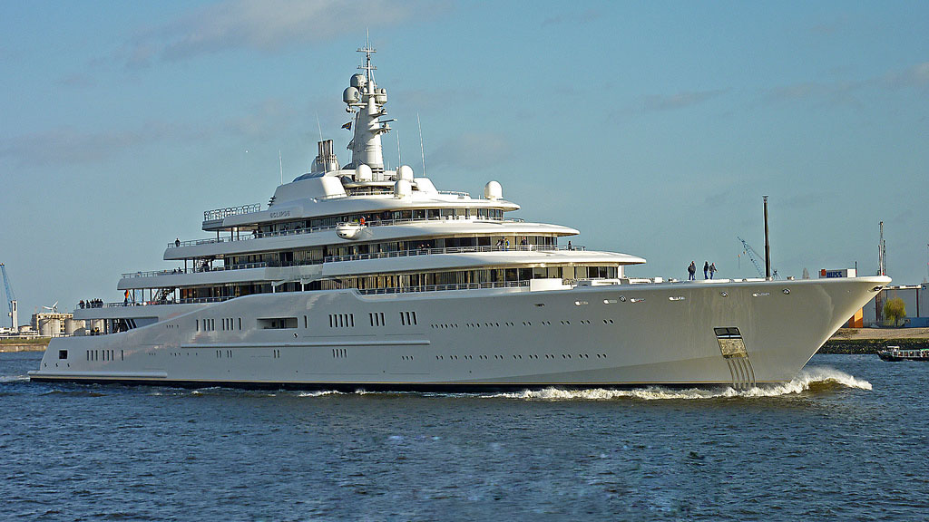 luxury yachts1 Top Three Biggest Exclusive Yachts