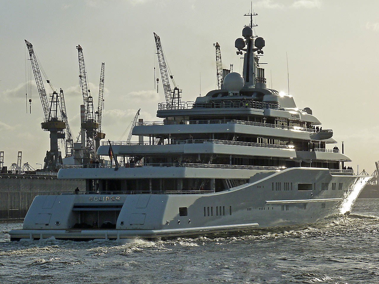 luxury yachts2 Top Three Biggest Exclusive Yachts