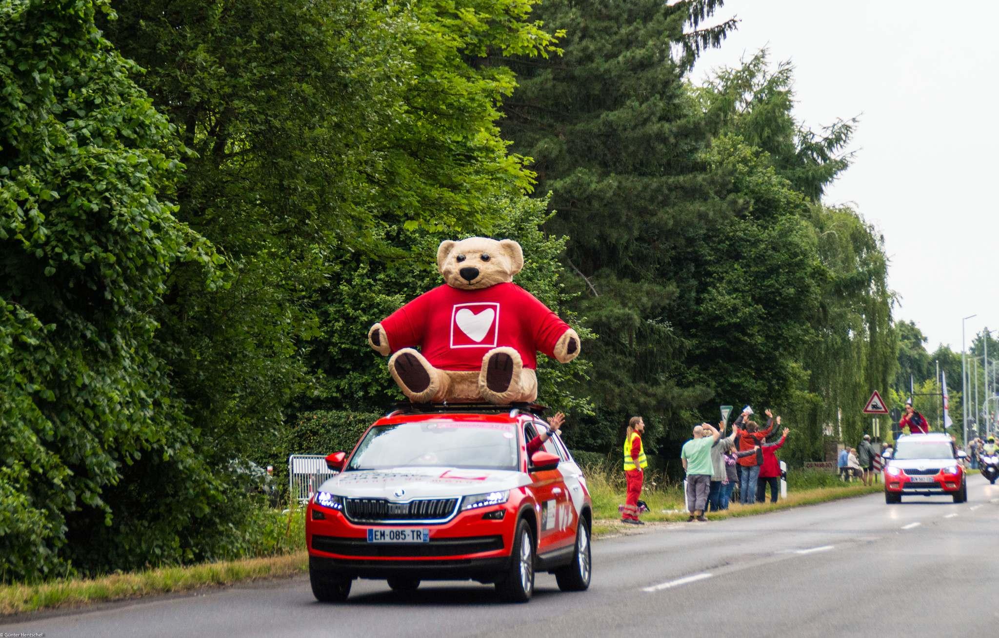 le tour17 Caravan Before the Start of the Tour de France   Dusseldorf
