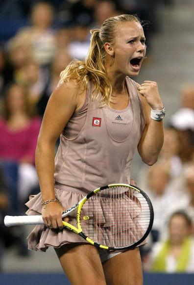 caroline wozniacki photos7 Caroline Wozniacki: No. 1 WTA Tennis Player