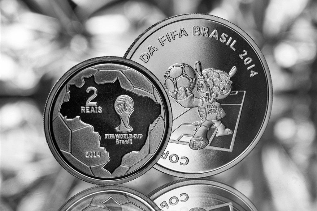 2014 brazil1 Commemorative Coins of the FIFA World Cup 2014 in Brazil
