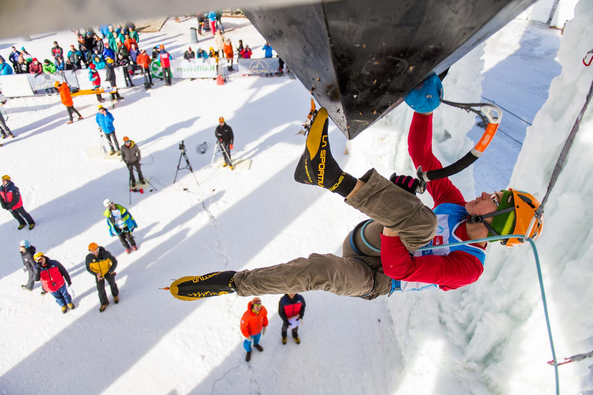 ice climbing Ice Climbing World Youth Championships 2016 in Rabenstein