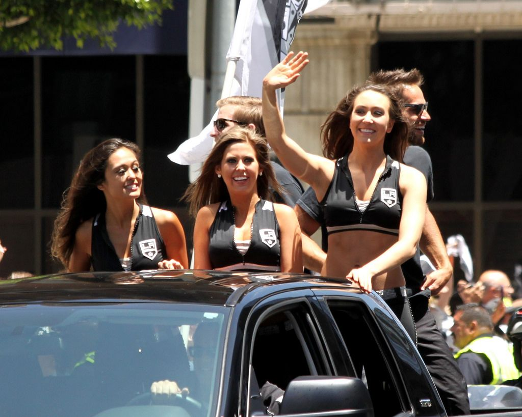 la kings5 LA Kings   Stanley Cup City Parade