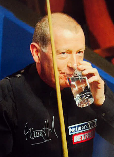 steve davis4 Snooker Legend Steve Davis at Crucible Theatre