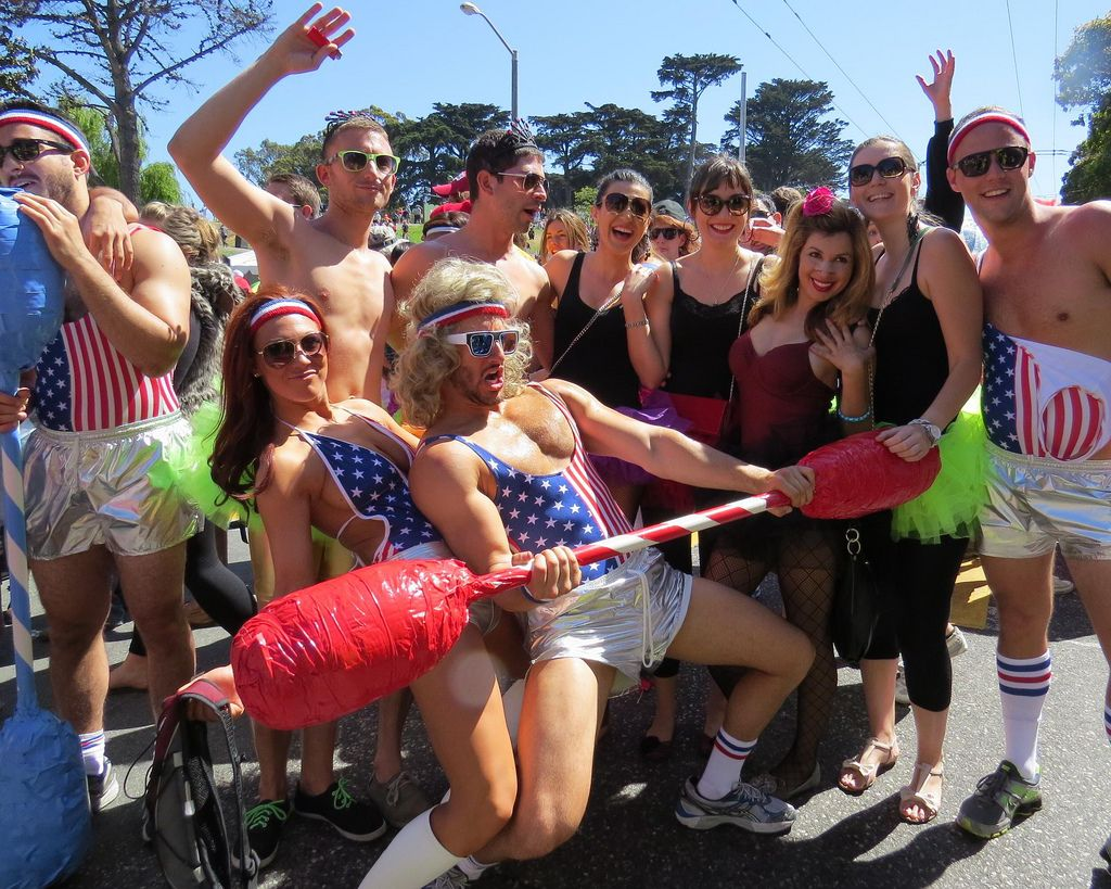 bay breakers1 Top Costumes at Bay to Breakers in San Francisco