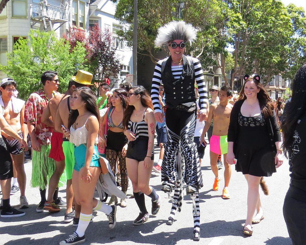 bay breakers13 Top Costumes at Bay to Breakers in San Francisco