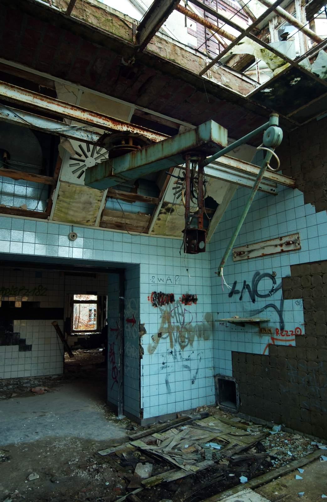 beelitz heilstatten1 Abandoned Beelitz Heilstatten Hospital