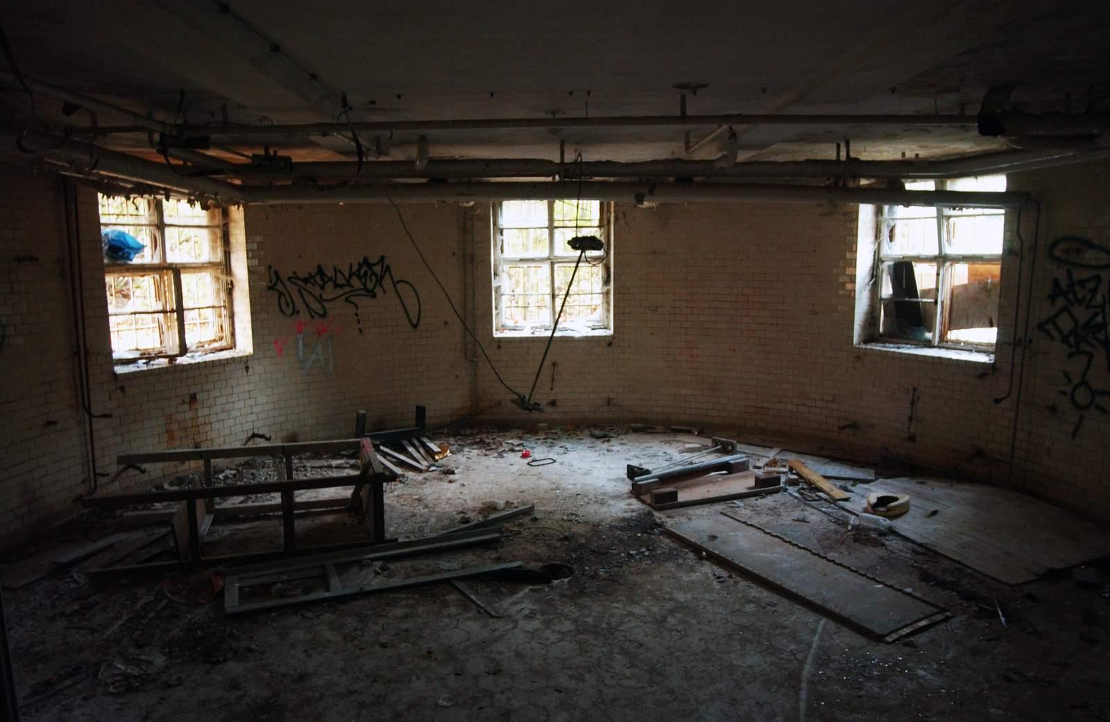 beelitz heilstatten14 Abandoned Beelitz Heilstatten Hospital