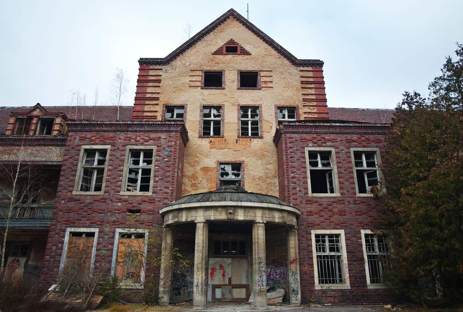 beelitz heilstatten16 Abandoned Beelitz Heilstatten Hospital
