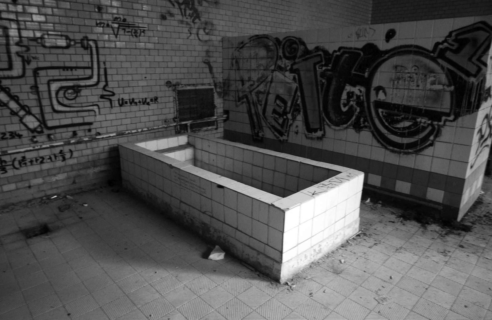 beelitz heilstatten5 Abandoned Beelitz Heilstatten Hospital