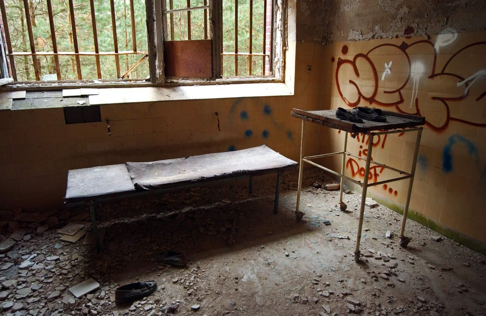 beelitz heilstatten7 Abandoned Beelitz Heilstatten Hospital