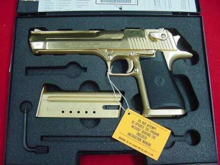 gold desert eagle4 Gold Desert Eagle