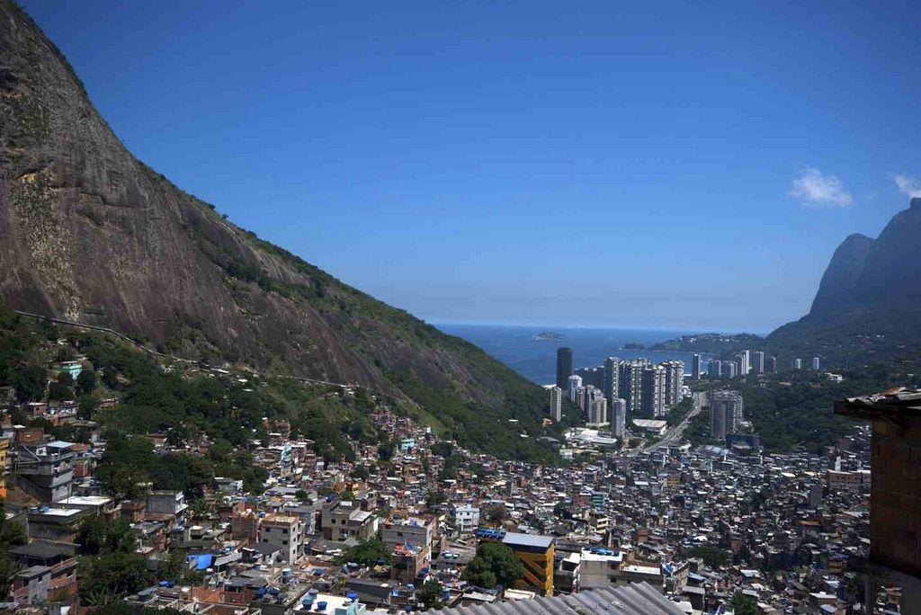 rocinha favela1 Rocinha   The Biggest Favela in Rio de Janeiro