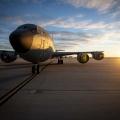 Boeing KC-135R Stratotanker Phot...