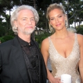 Celebrities Help amfAR in the Fi...
