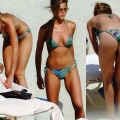 Hot Jennifer Aniston in Bikini