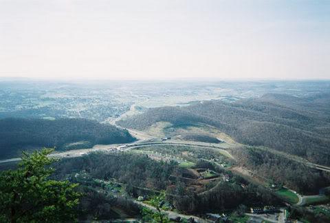 4 Cumberland Water Gap in Appalachian Mountains