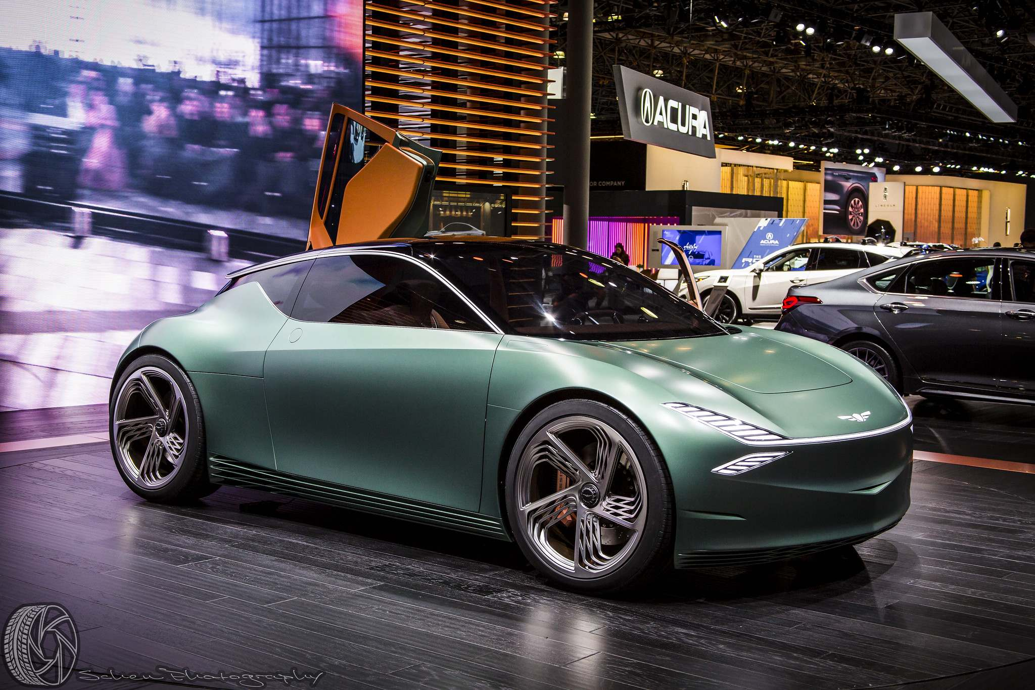 nyias12 The 2019 New York International Auto Show