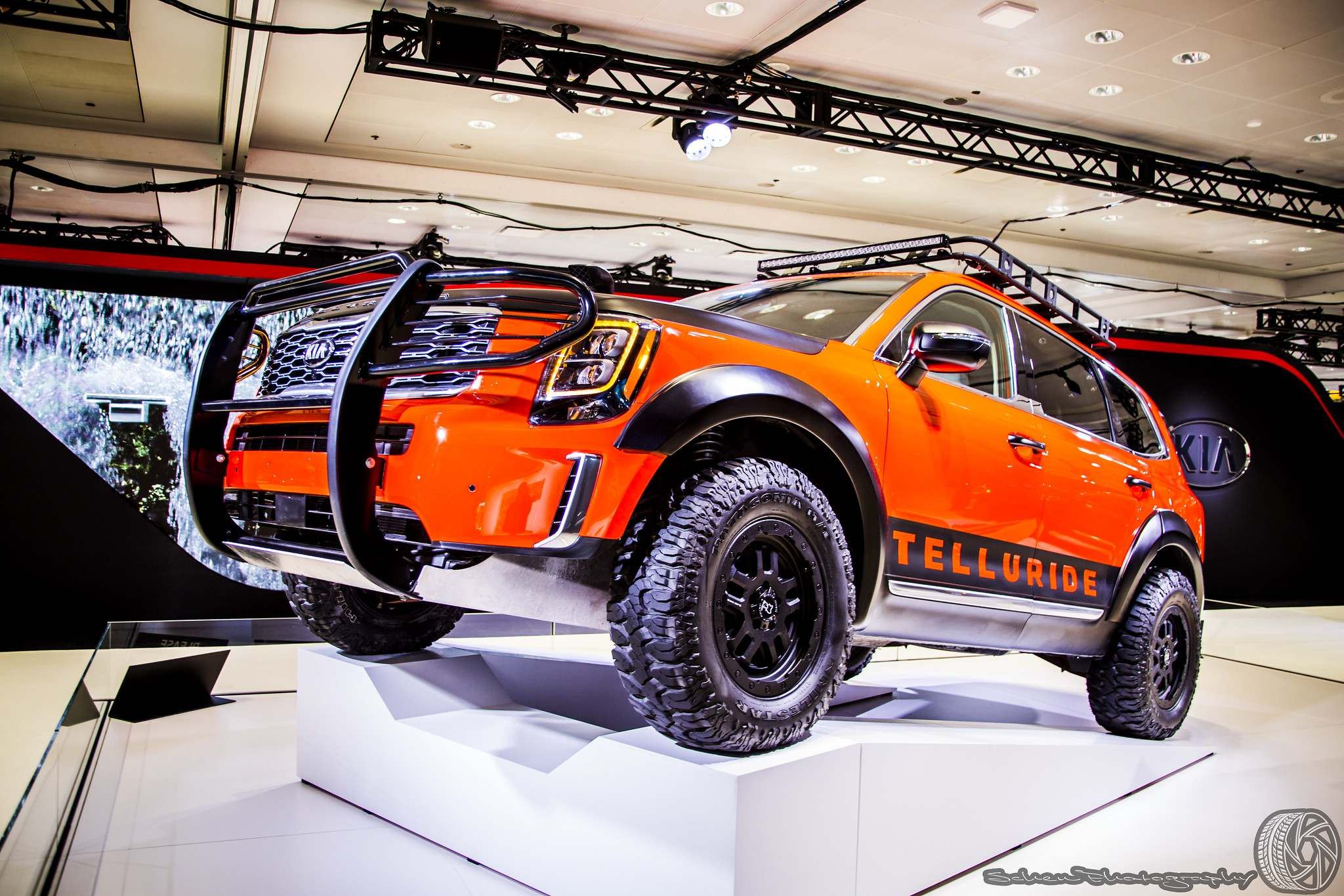 nyias16 The 2019 New York International Auto Show