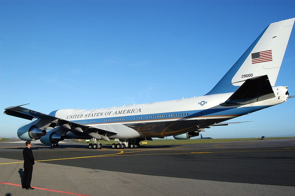 air force one6 Air Force One   The Safest Airplane in the World