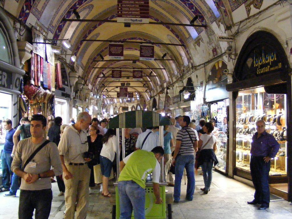 grand bazaar11 The Grand Bazaar Sales Tips in Istanbul