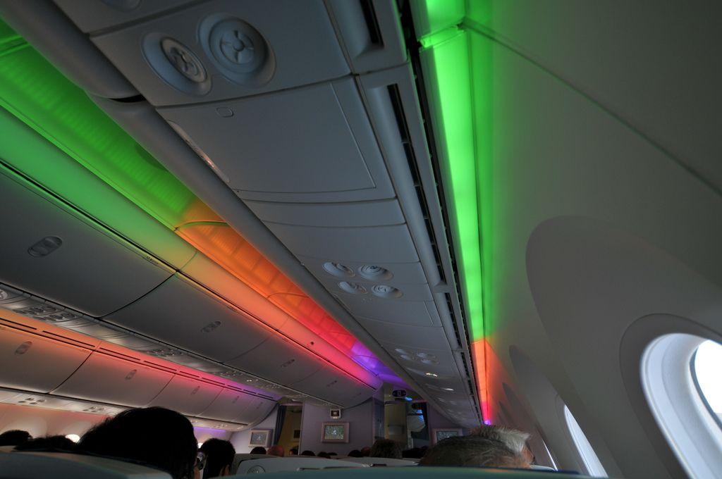 dream liner 7872 Inside Boeing Dreamliner 787