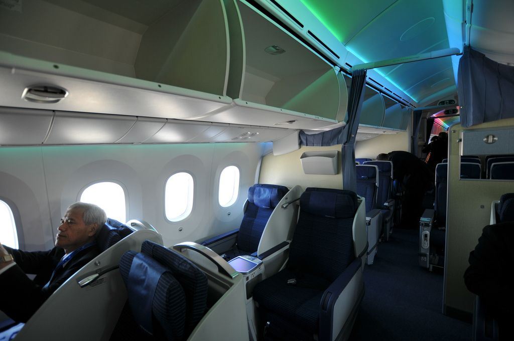 dream liner 7874 Inside Boeing Dreamliner 787