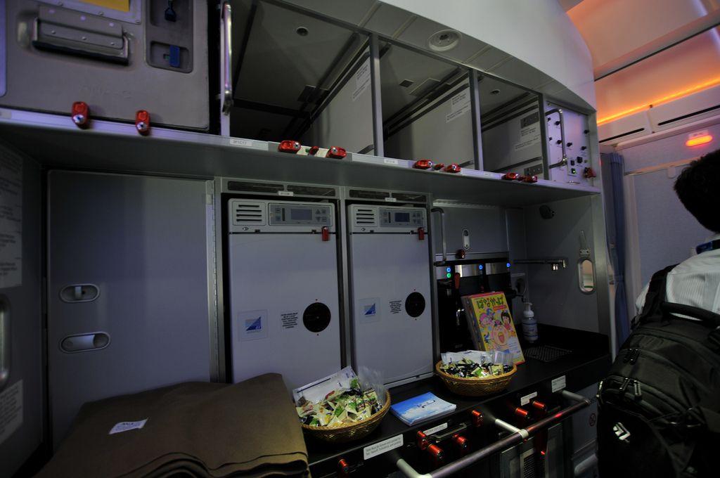 dream liner 7877 Inside Boeing Dreamliner 787