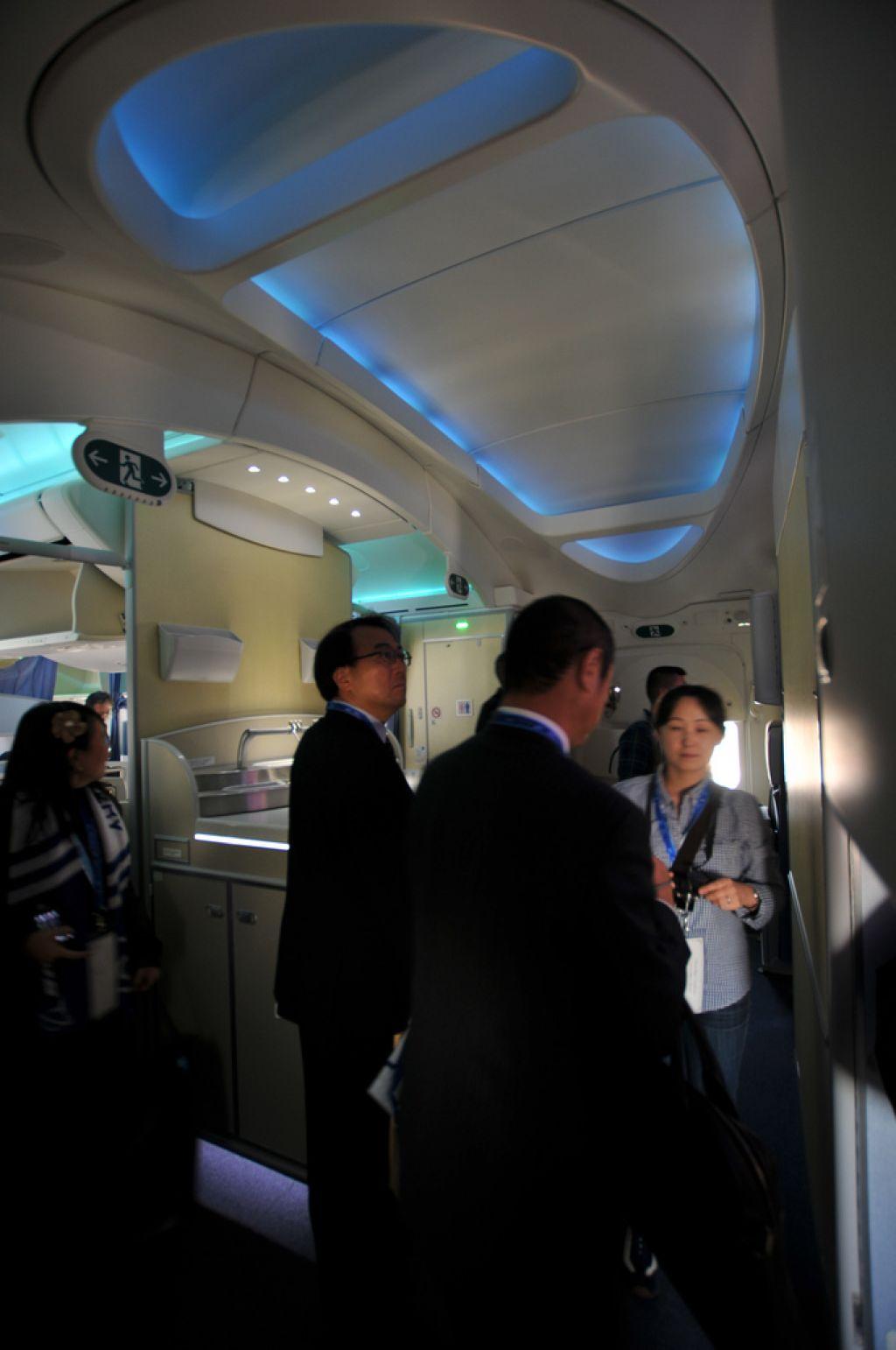 dream liner 7878 Inside Boeing Dreamliner 787