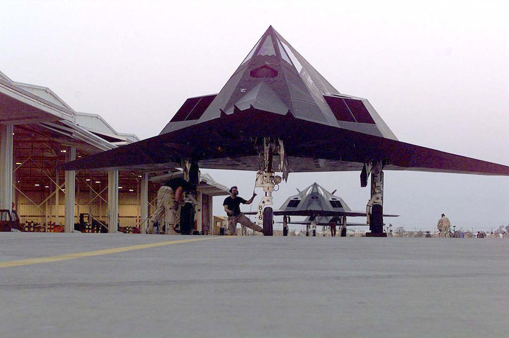 f 11713 Lockheed F 117 Nighthawk Still in Service