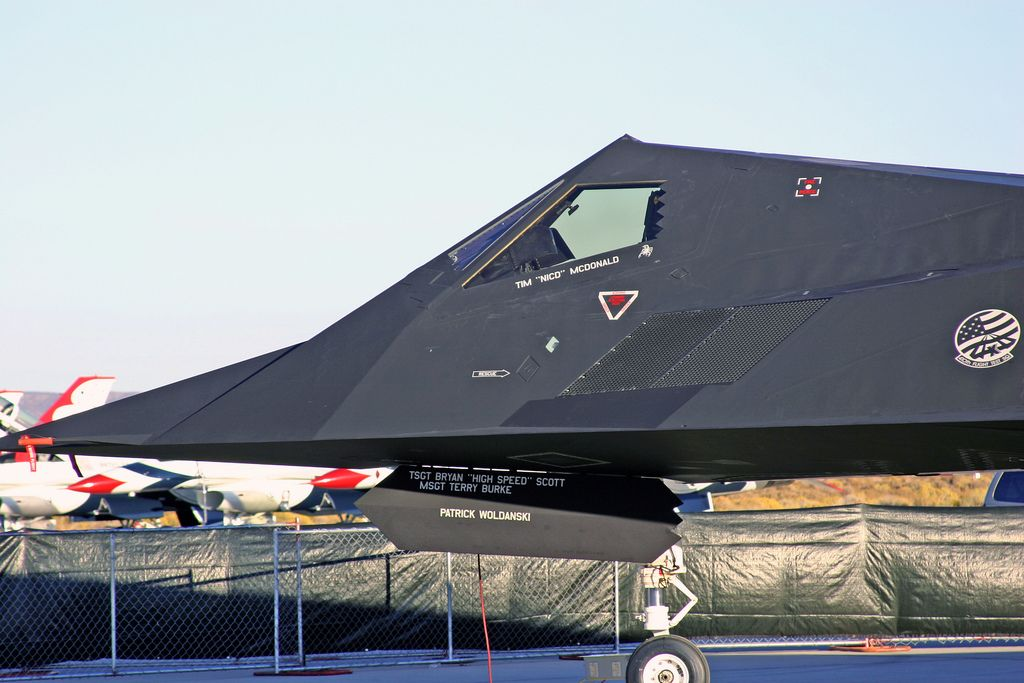 f 1172 Lockheed F 117 Nighthawk Still in Service