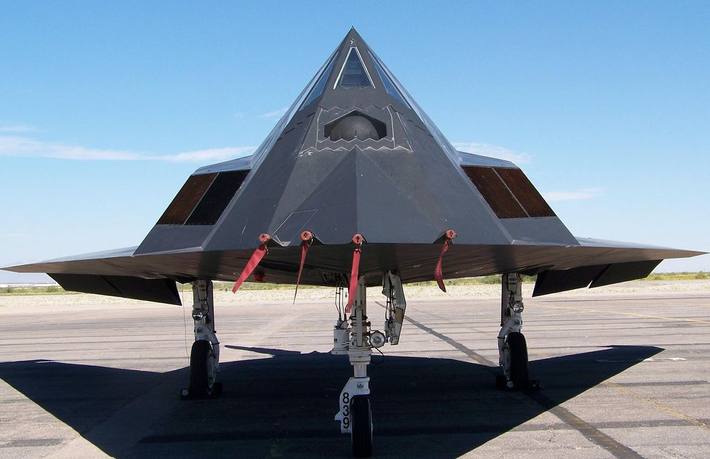 f 1175 Lockheed F 117 Nighthawk Still in Service
