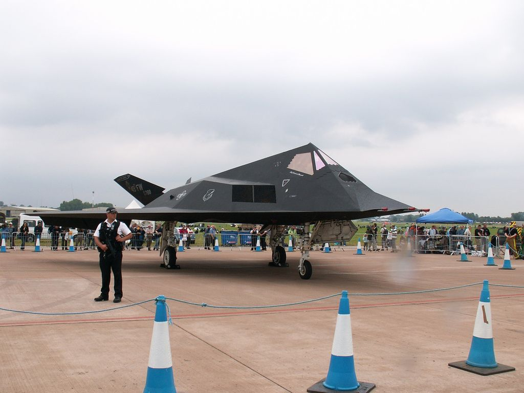 f 1178 Lockheed F 117 Nighthawk Still in Service