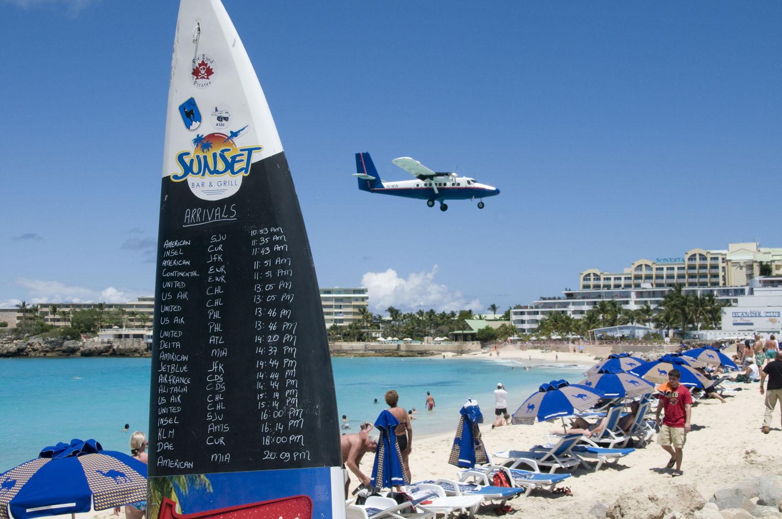 maho beach st maarten9 Planes Landing over Maho Bay Beach