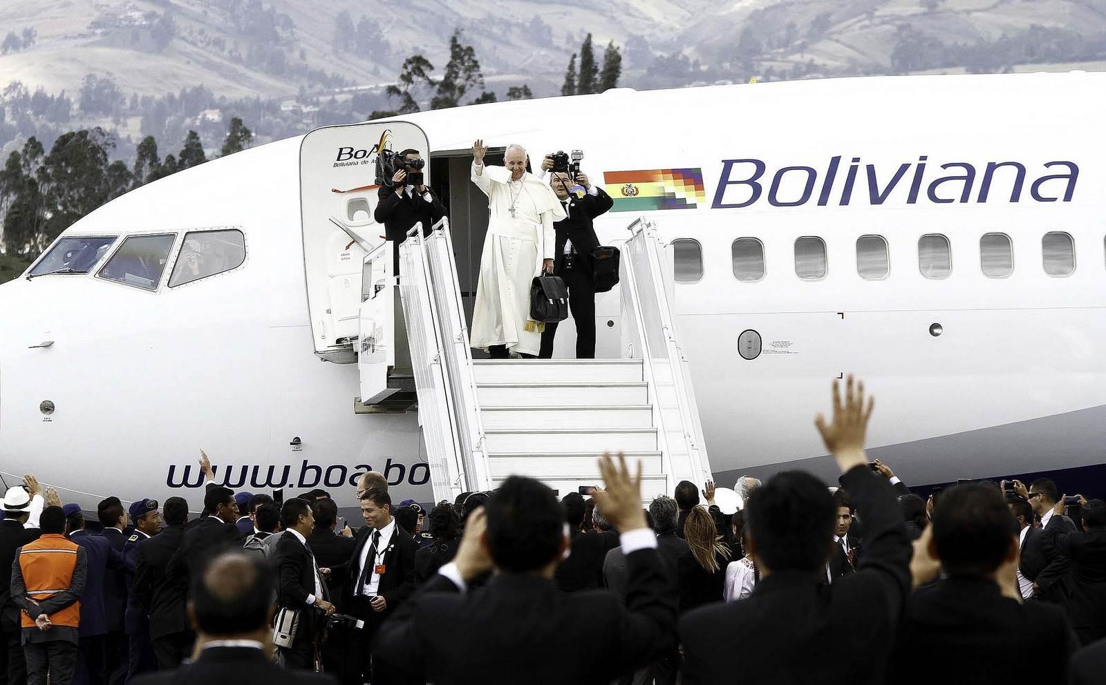pope francis Pope Francis leaving Ecuador