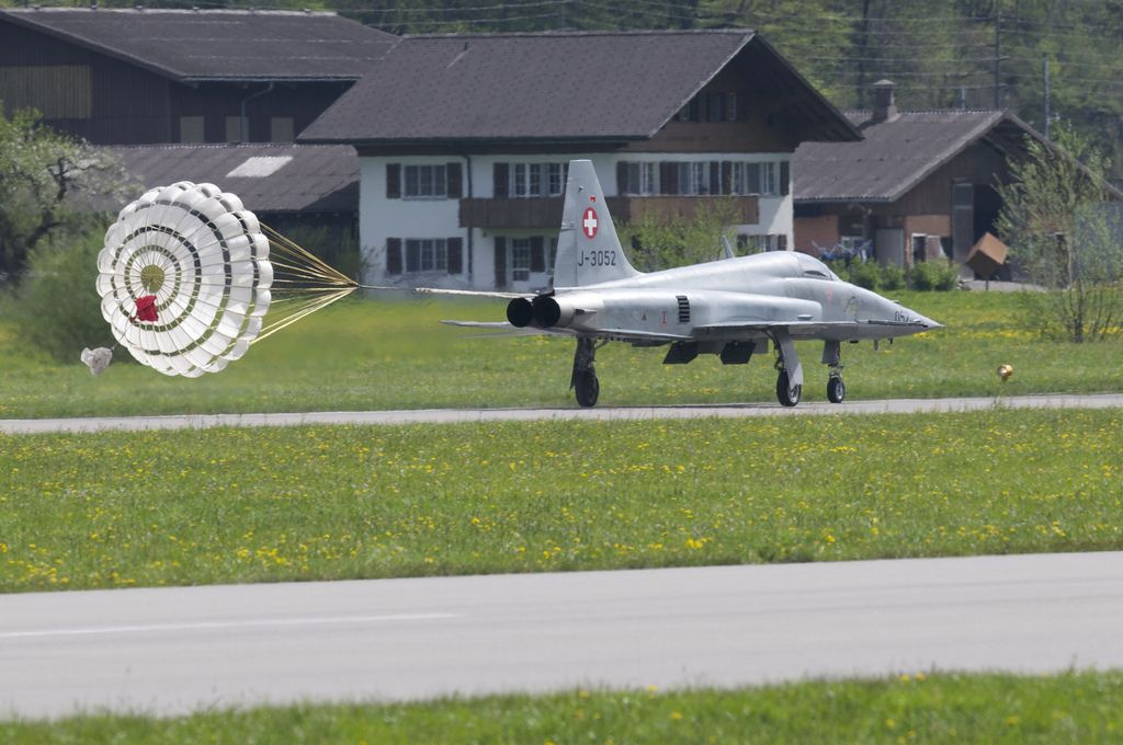 airforce base20 The Swiss Airforce from Meiringen Airbase Securing World Economic Forum 2013