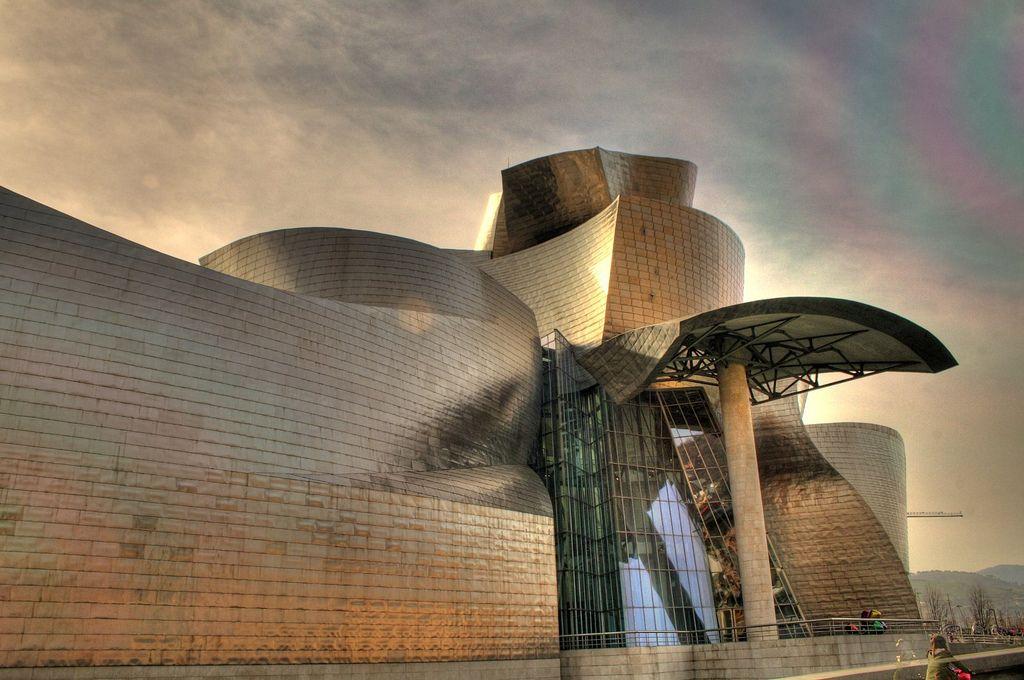 guggenheim museum Amazing Building of Guggenheim Museum in Bilbao