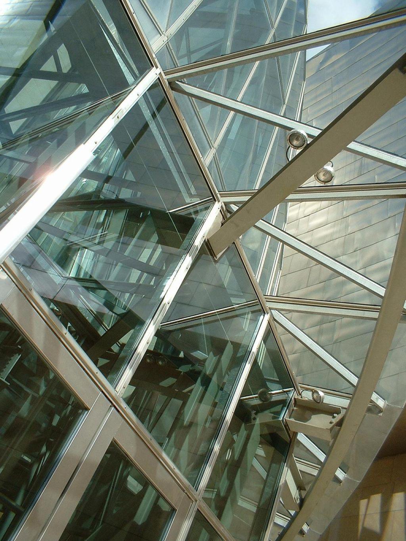 guggenheim museum14 Amazing Building of Guggenheim Museum in Bilbao