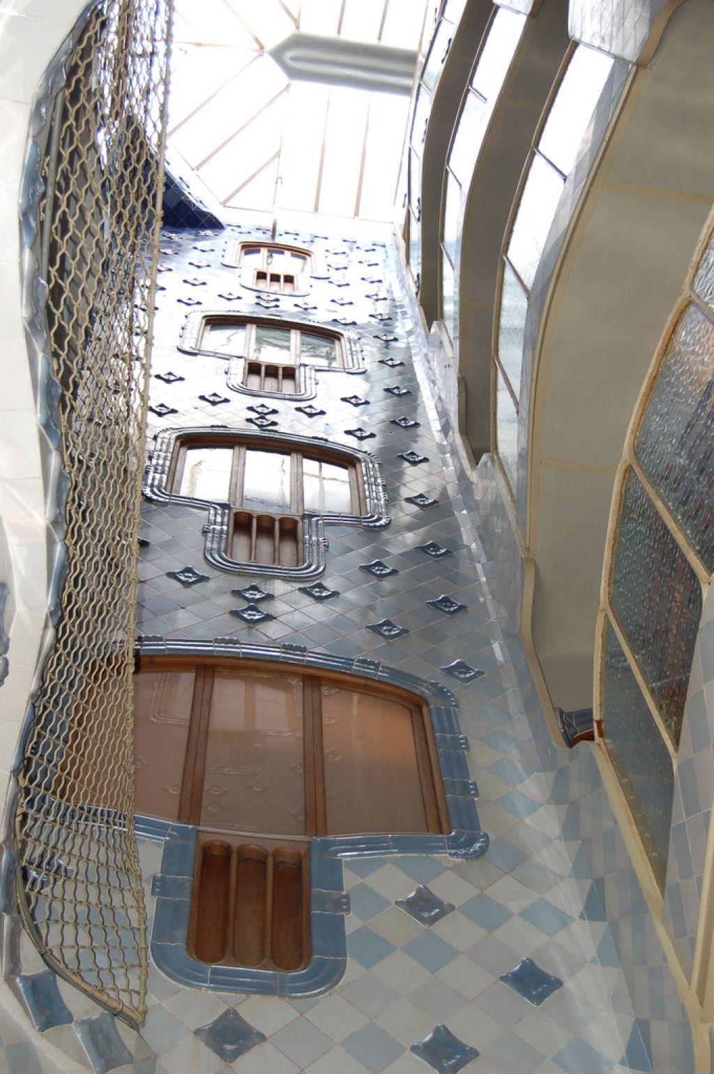 casa batllo11 Casa Batllo   Original Work by Antoni Gaudi