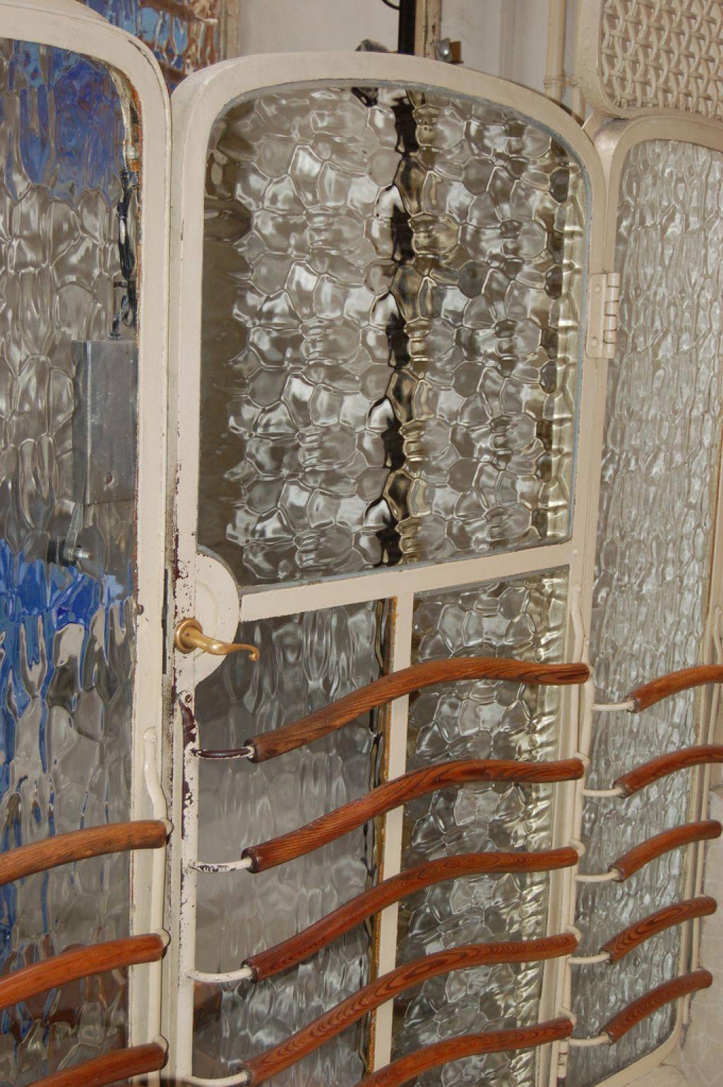 casa batllo13 Casa Batllo   Original Work by Antoni Gaudi