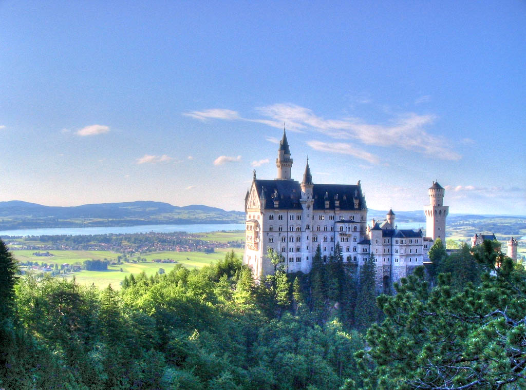 neuschwanstein castle16 Fairy Tale Castle Neuschwanstein in Bavaria