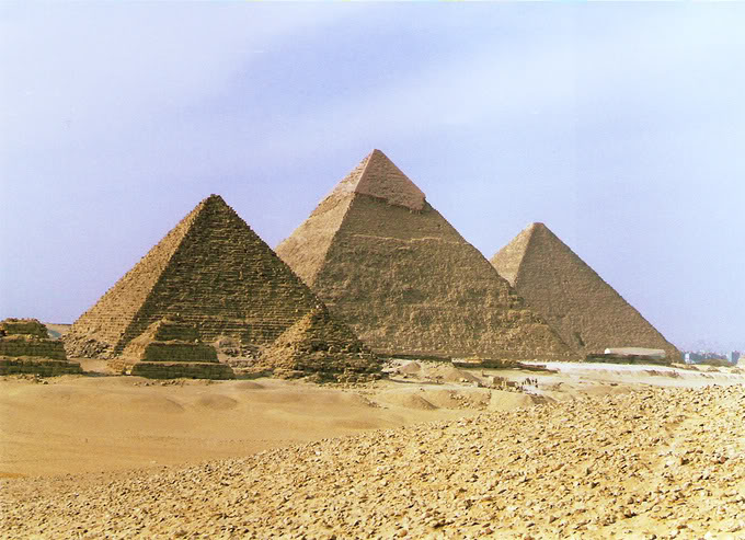 egyptian pyramids2 The Great Pyramids of Giza, Egypt