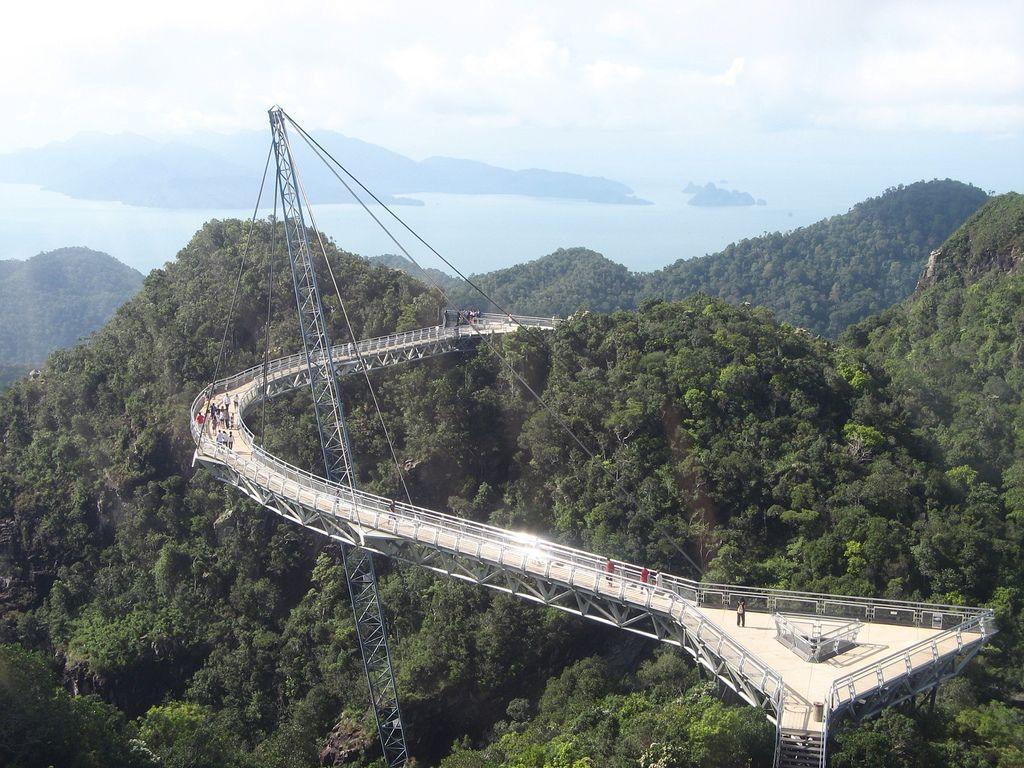langkawi bridge2 Langkawi Sky Bridge in Malaysia
