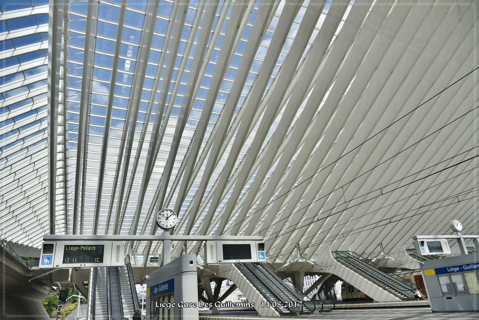 gare des guillemins7 Liege Guillemins Railway Station by Santiago Calatrava